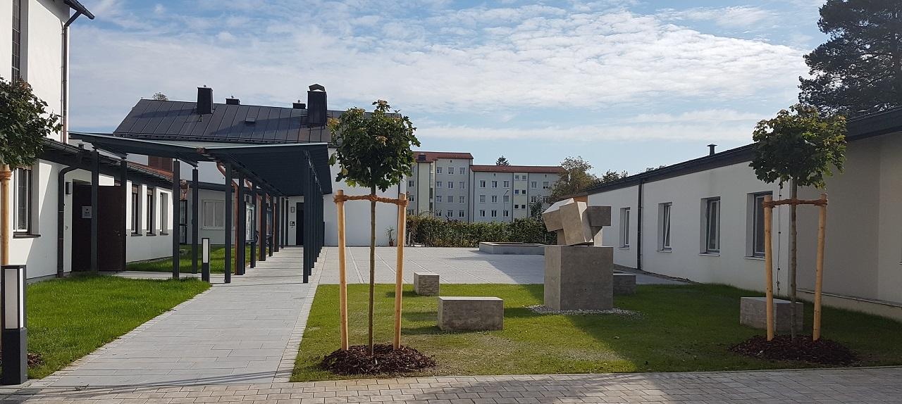 St. Hedwig, Rosenheim – Neubau Pfarrheim