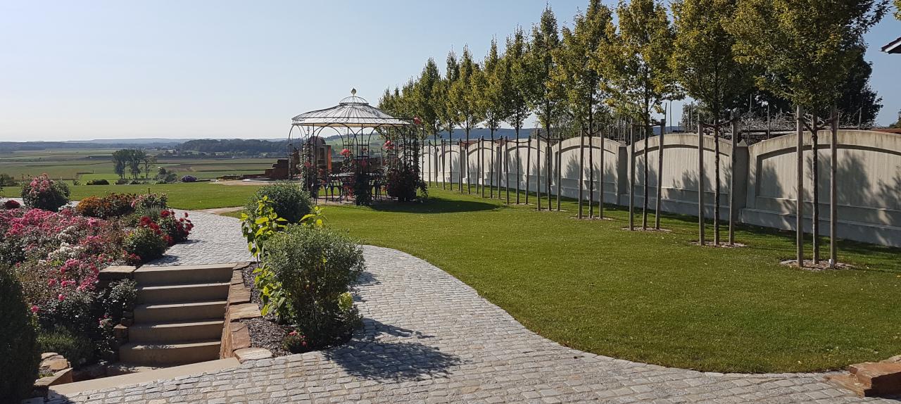 Privatgarten G in Ampfing